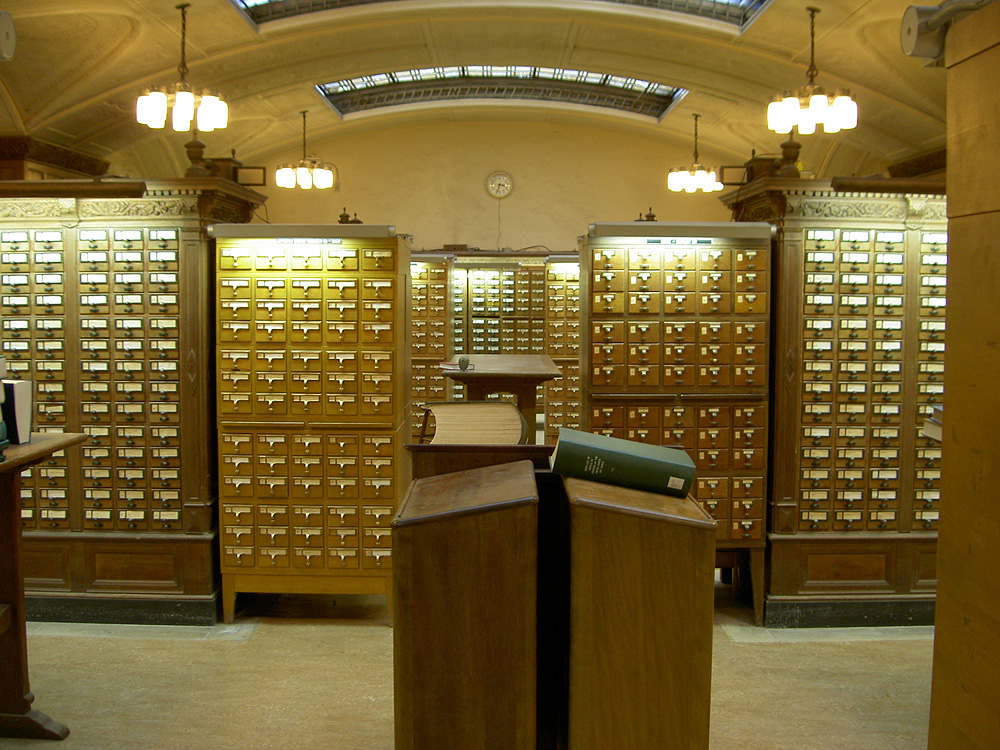 Card catalog from the Sterling Memorial Library at Yale University, 2005. Photo by Henry Trotter. Image courtesy Wikimedia Commons.