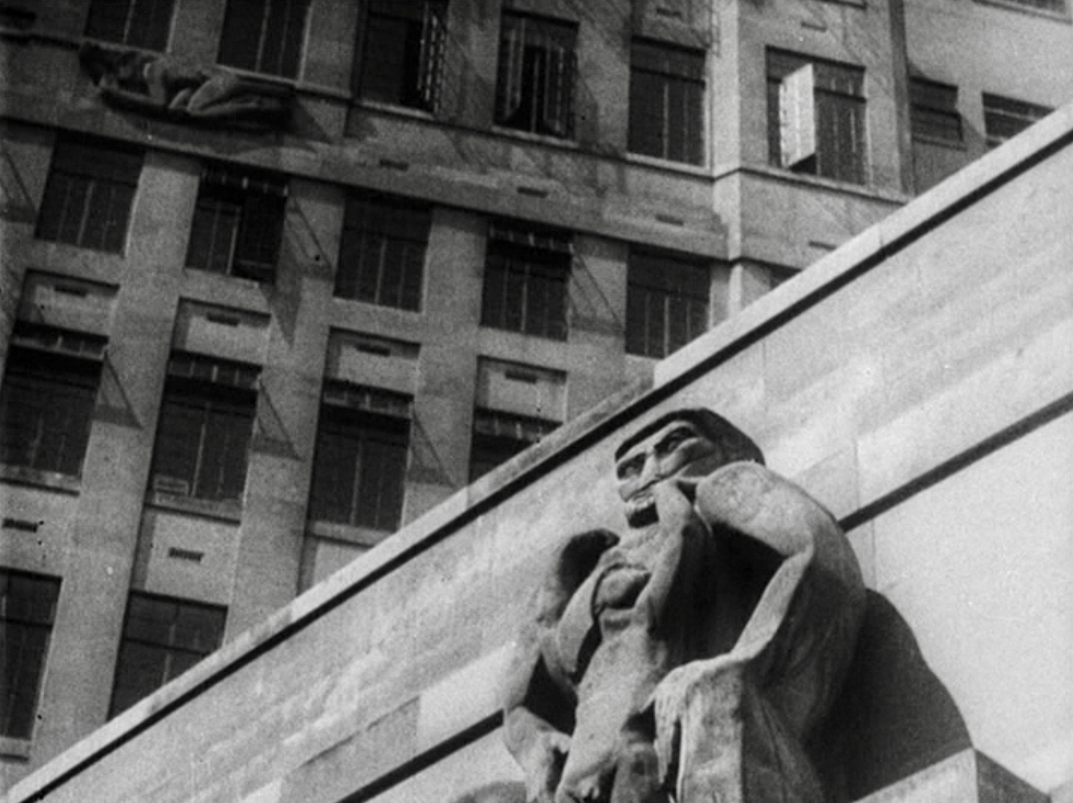 "55 Broadway (1929), the headquarters for the London Underground featuring the sculpture ""Day"" by Jacob Epstein (foreground) and ""North Wind"" by Eric Gill"